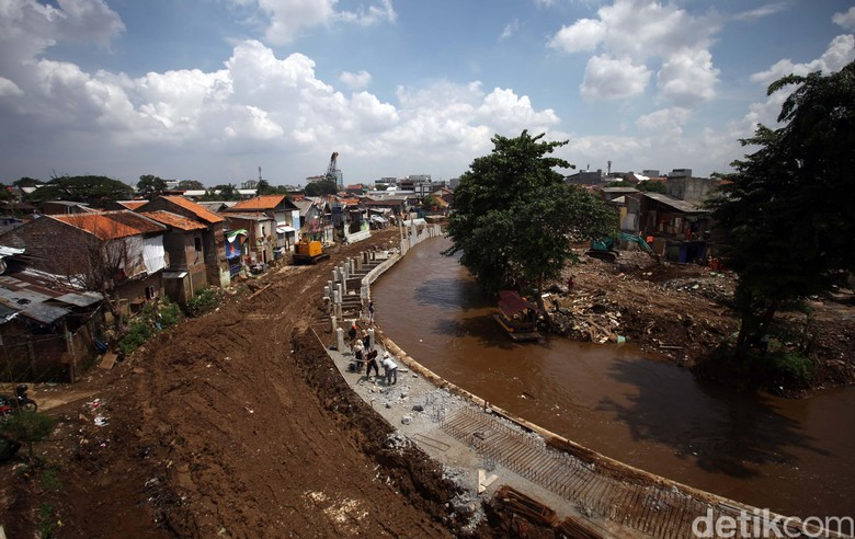 Shelter Bukit Duri Bikin Kecewa Anies, Ini Respons Walkot Jaksel