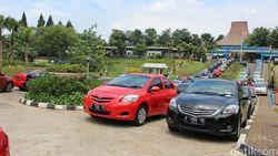 Laris Manis, Mobil Taksi Bekas Taksi Laku 500 Unit Per Bulan