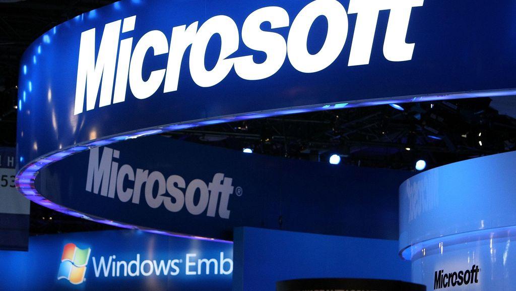 Bos Microsoft Buka Suara Soal Kerja Sama Imigrasi AS