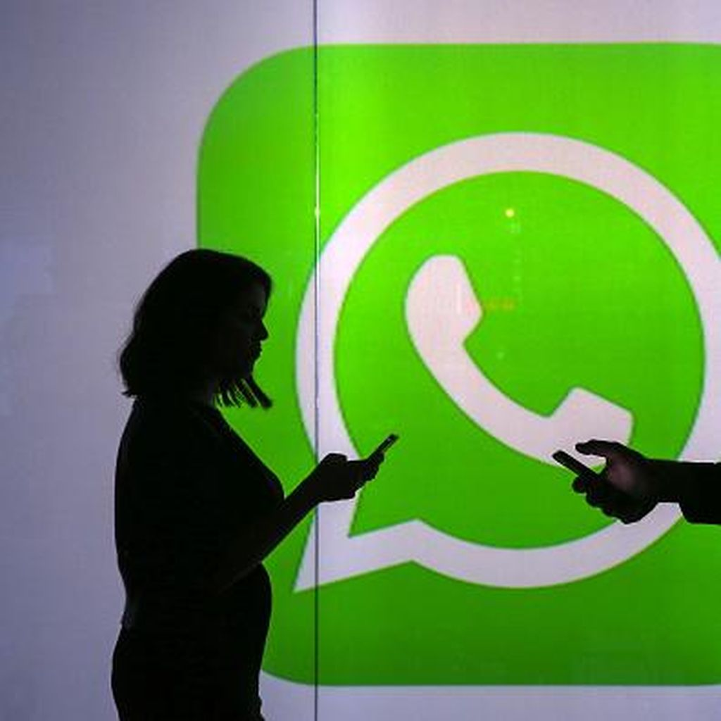 Anaknya Hilang, Ayah Menangis Minta WhatsApp Buka Pesan