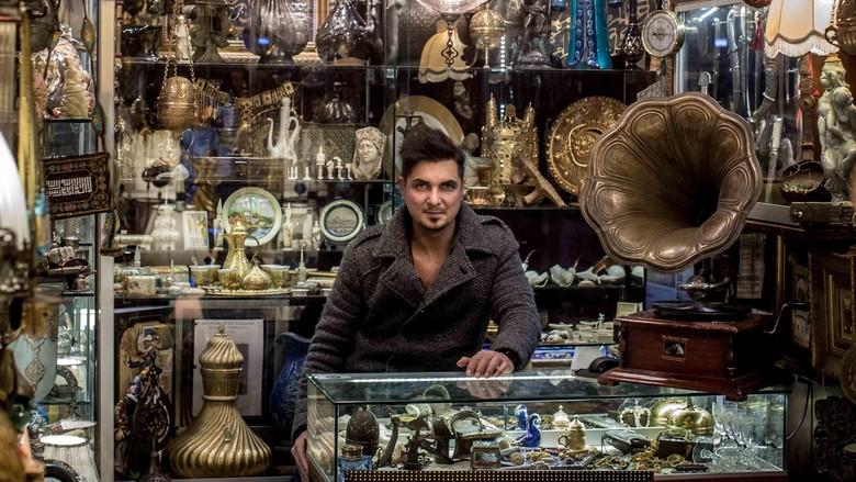 Foto: Ilustrasi pedagang barang antik di Grand Bazaar Turki (Getty Images)