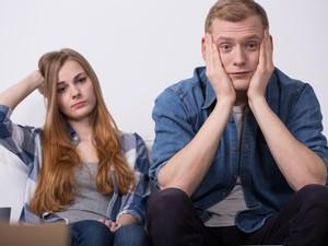 Pekerjaan Baru Suami Tidak Cocok dan Kini Jadi Malas Kerja, Apa Solusinya?