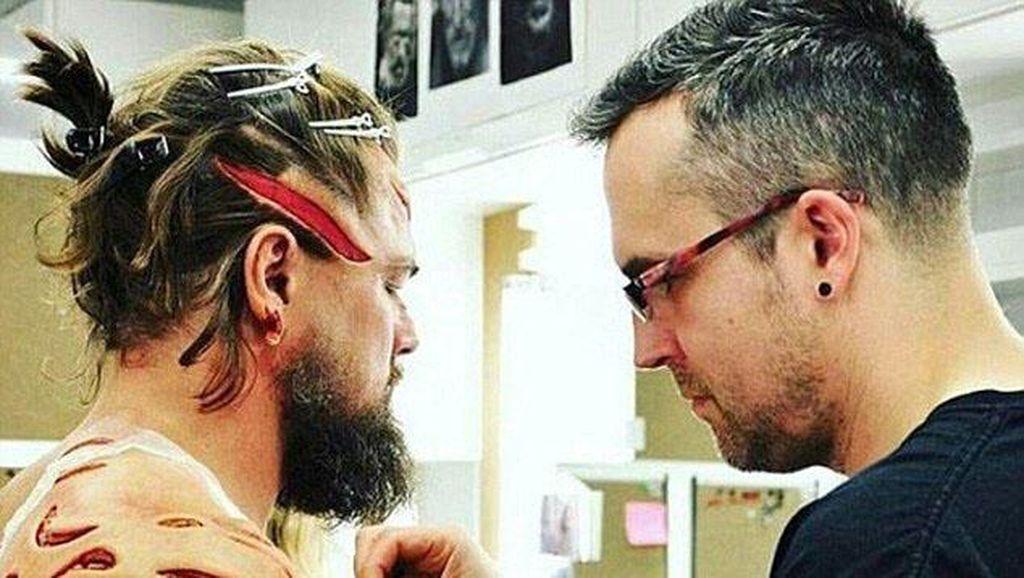 Leonardo DiCaprio Makeup 5 Jam Untuk Buat Luka Seperti Asli di Film Revenant