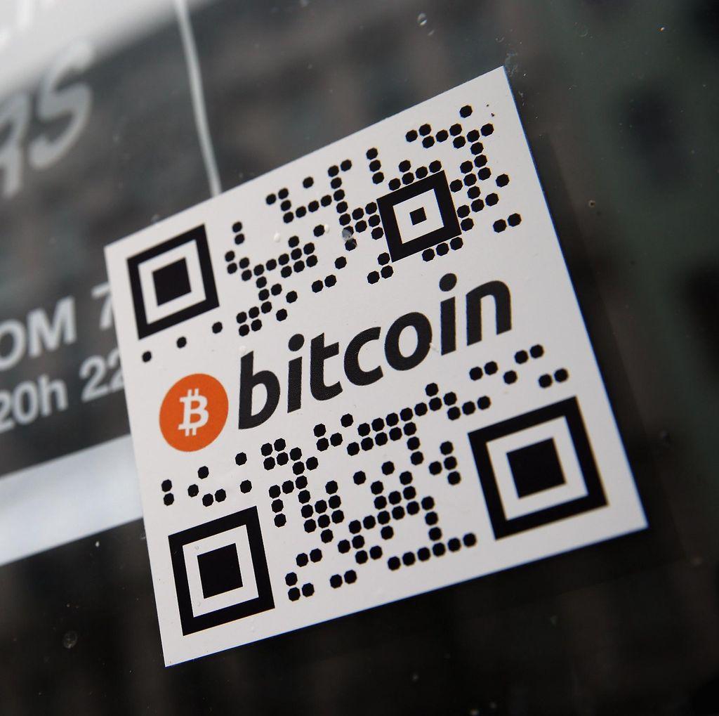 Terus Kebobolan, Nilai Bitcoin Merosot