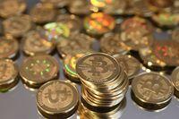 Bitcoin salah satu mata uang kripto yang populer.