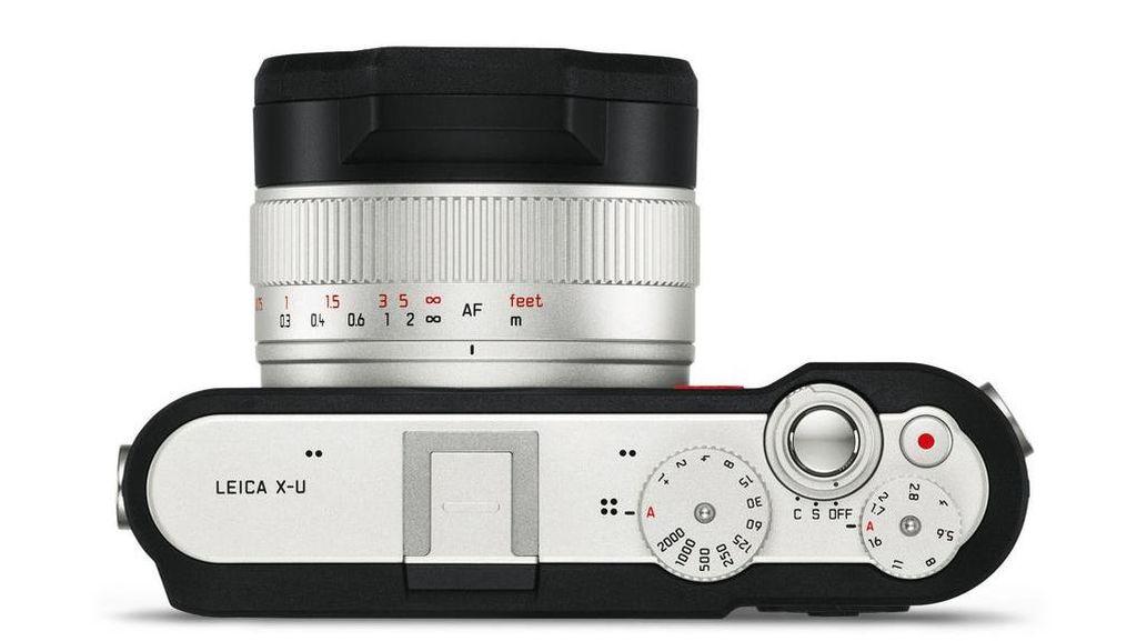 Pemilik Leica seharusnya akan berhati-hati dalam menjaga kameranya agar tak rusak gara-gara terjatuh atau terkena air, mengingat harganya yang mahal. (Foto: Leica)