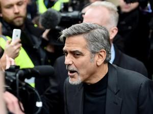 Beredar Video Kecelakaan, George Clooney Terlempar ke Udara