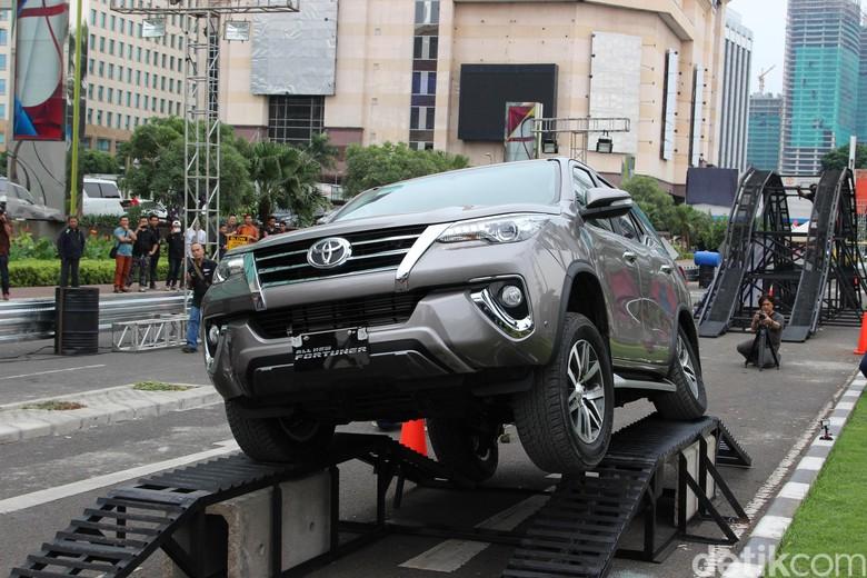 Toyota Fortuner. Foto: Rangga Rahadiansyah