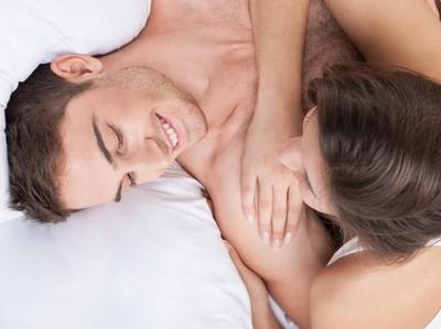 Wanita Harus Tahu! Ini 6 Titik Sensual Pria yang Tersembunyi
