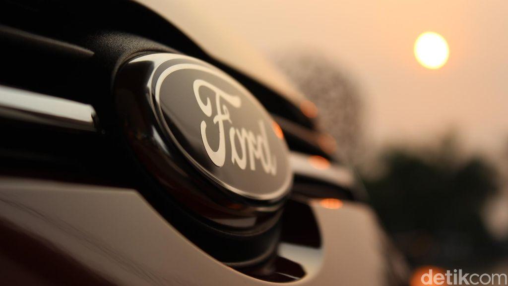 Ford Mundur Pelan-pelan di India