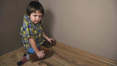 6 Langkah Cegah Malu Saat Anak Tantrum di Tempat Umum