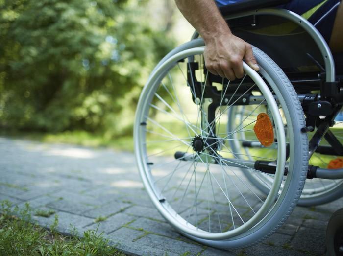 Kursi roda bukan halangan untuk berkarya. Foto: Thinkstock