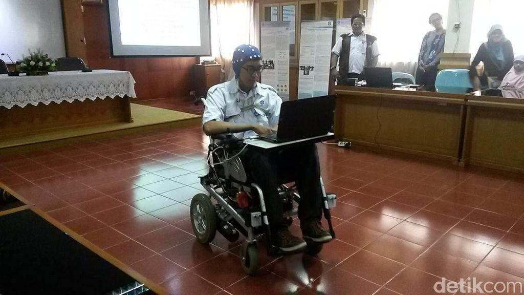 Kursi Roda Canggih LIPI Bandung Digerakkan Sinyal Otak