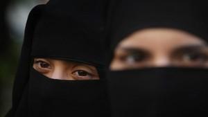 Komnas Perempuan: Melarang atau Mewajibkan Cadar Sama-sama Masalah