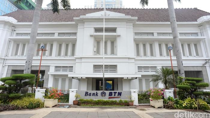 Kantor Pusat Bank BTN Jl Gajah Mada No.1 Jakarta