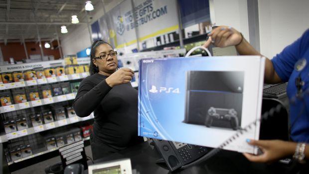 Penjualan PlayStation 4 sukses besar.
