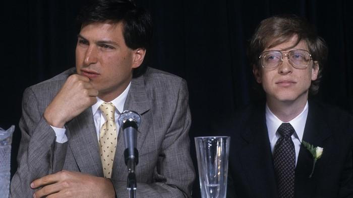 Steve Jobs dan Bill Gates Muda. Foto: Getty Images