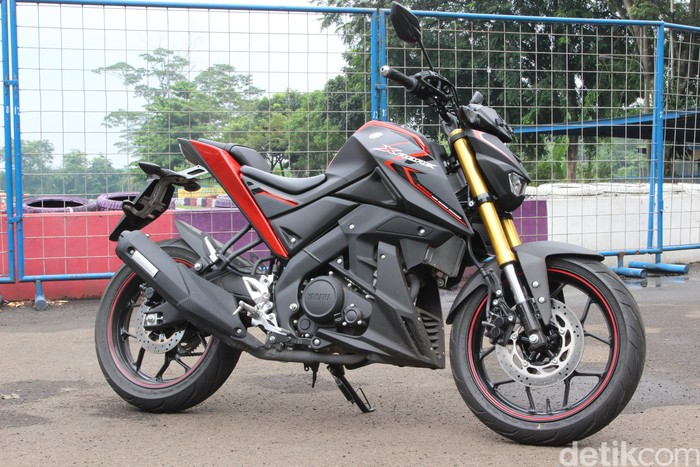 Yamaha kenalkan Streetfighter terbaru Xabre di awal 2016.