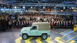 Produksi Land Rover Defender Berakhir