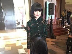 Kiat Tampil Stylish Tanpa Menguras Isi Dompet ala Fashion Blogger Sonia Eryka