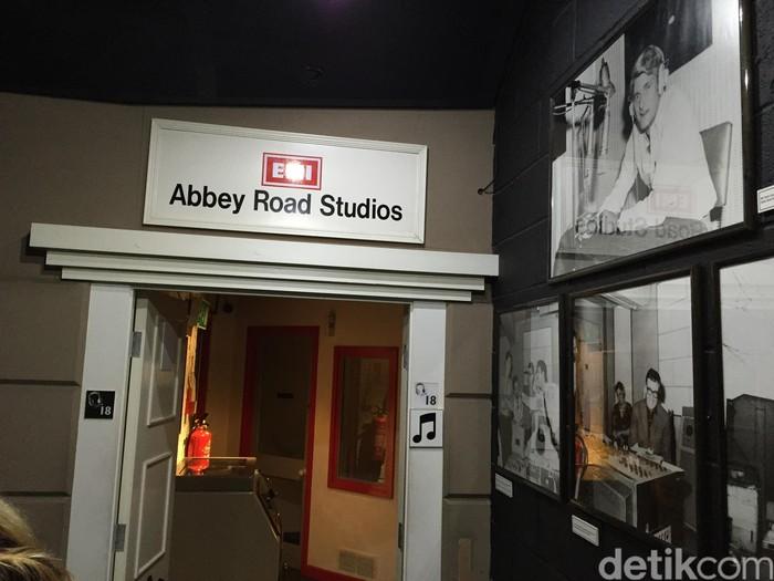 Replika Abbey Road Studio di London