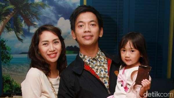 Keluarga Kecil Rian dMasiv