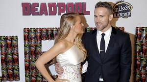 Kocak! Ucapan Ultah untuk Ryan Reynolds dari Sang Istri