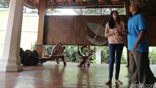 Kencan di Museum Layang-Layang Bersama Nina Zatulini