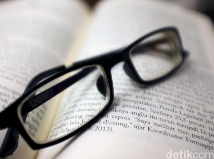 Kaca mata kutu buku. dikhy sasra/ilustrasi/detikfoto