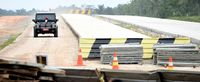Jokowi Akui Kebut Infrastruktur Demi Pemilu dan Lebaran