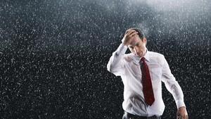 Tips Agar Tubuh Tetap Sehat Saat Musim Hujan dan Banjir