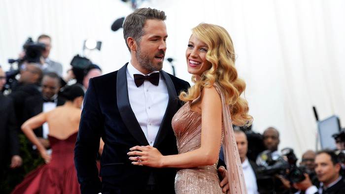 NEW YORK, NY - MAY 05:  Actors Ryan Reynolds (L) and Blake Lively attend the Charles James: Beyond Fashion Costume Institute Gala at the Metropolitan Museum of Art on May 5, 2014 in New York City.  (Photo by Mike Coppola/Getty Images)