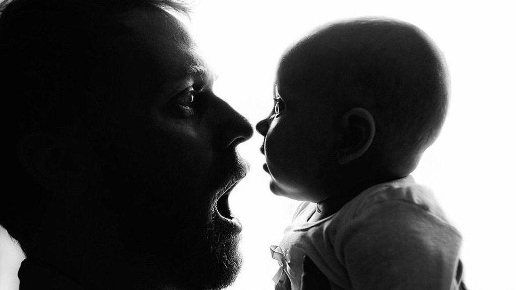 Begini Cara Hadapi Dad Shaming Menurut Psikolog