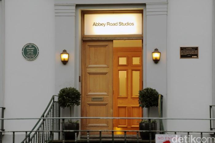 Studio tempat rekaman The Beatles