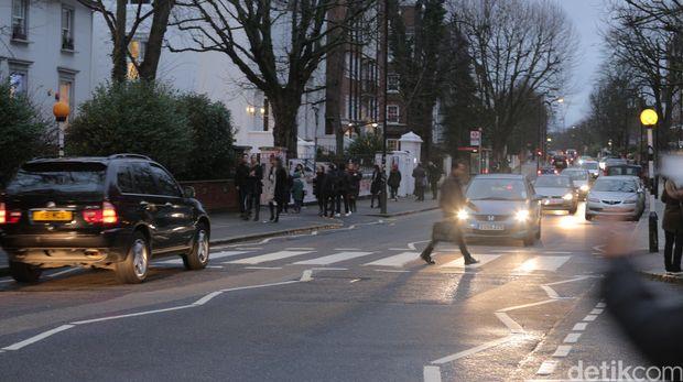 Zebra cross di Abbey Road, Inggris.