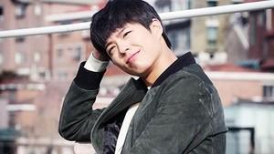 Park Bo Gum akan Main Piano di Nikahan Song Hye Kyo dan Song Joong Ki