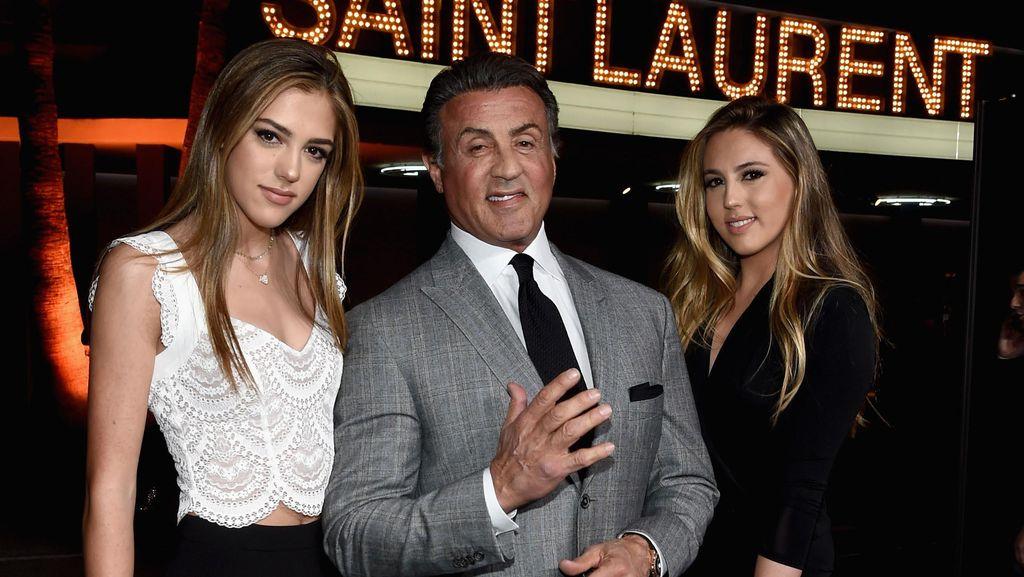 Sylvester Stallone Ajarkan Putrinya Pakai High Heels Hingga Menata Rambut