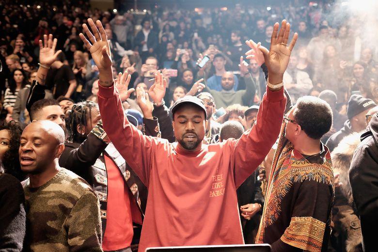Kanye merilis lini fashion seri terbarunya dan juga album barunya The Life of Pablo di Madison Square Garden, New York, AS pada Kamis (11/2/2016) waktu setempat. Dimitrios Kambouris/Getty Images/detikFoto.