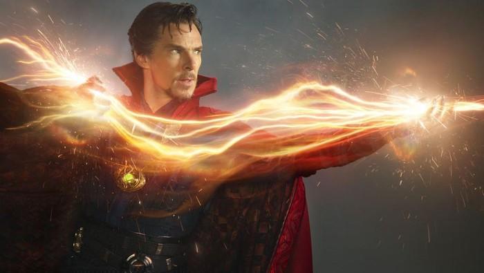Doctor Strange menunjukkan kekuatannya