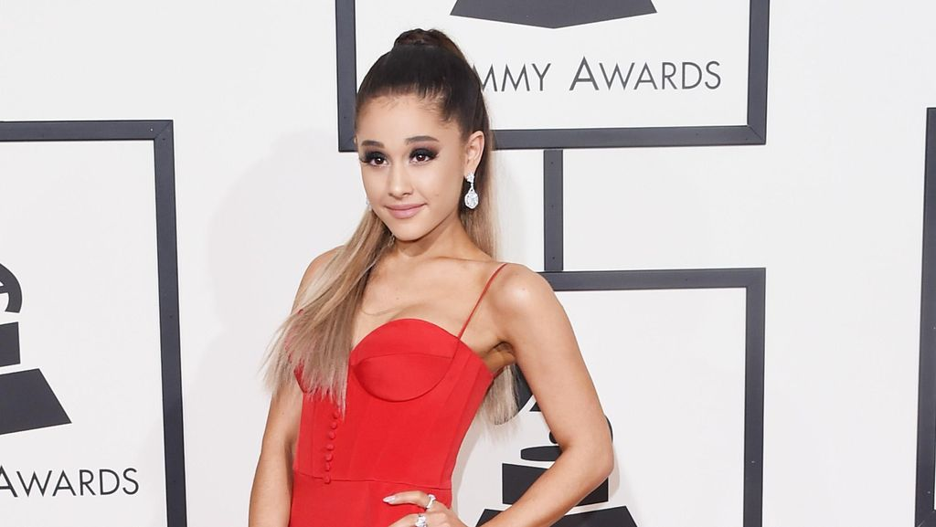 Potret Cantik Ariana Grande, Penyanyi Imut yang Dikabarkan Telah Bertunangan
