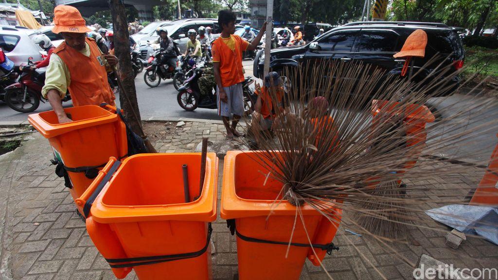 Pemprov DKI Siagakan 2.500 Personel Kebersihan di Malam Takbiran