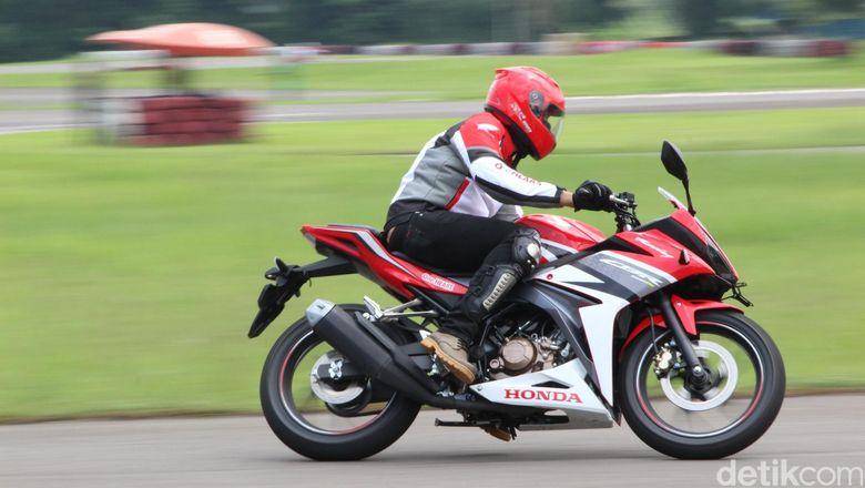 Perang Motor Sport 150 Cc Mana Yang Terlaris
