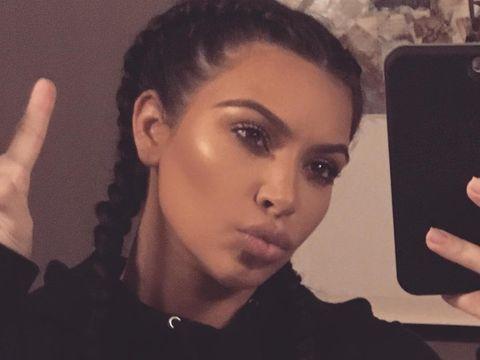 Kim Kardashian Tak Mau Foto Selfie Lagi: 'Aku Tidak Terlalu Suka'
