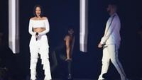 Penampilan mantan kekasih Chris Brown bersama Drake di lagu Work. Ian Gavan/Getty Images/detikFoto.