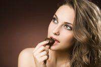 Ngemil 'Dark Chocolate' Bisa Redakan Galau? Ini Faktanya