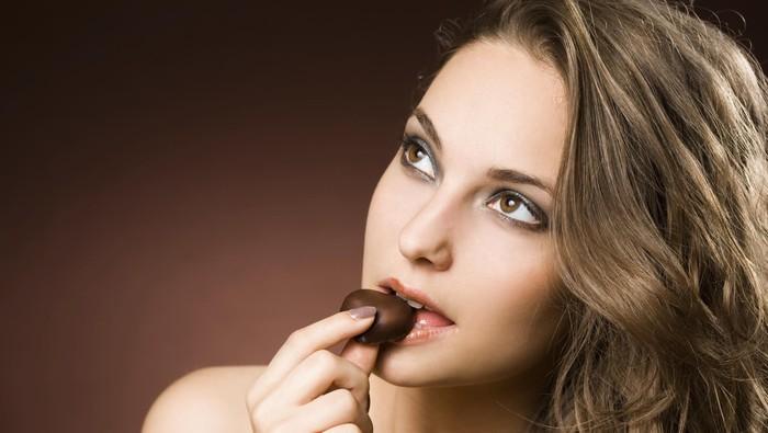 cokelat meningkatkan komunikasi antara sel-sel otak yang baik untuk daya ingat. (Foto: thinkstock)