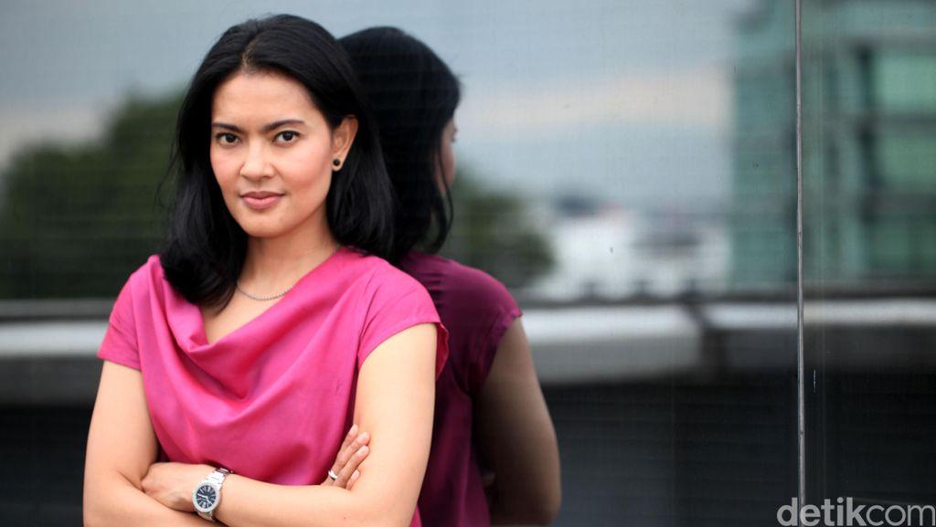 Lola Amaria: Perempuan Indonesia Harus Bisa Jadi Diri Sendiri