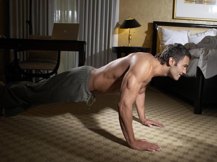 Jenis olahraga yang bisa meningkatkan fungsi ereksi adalah exercise yang bisa memperkuat otot-otot dasar panggul. Foto: thinkstock
