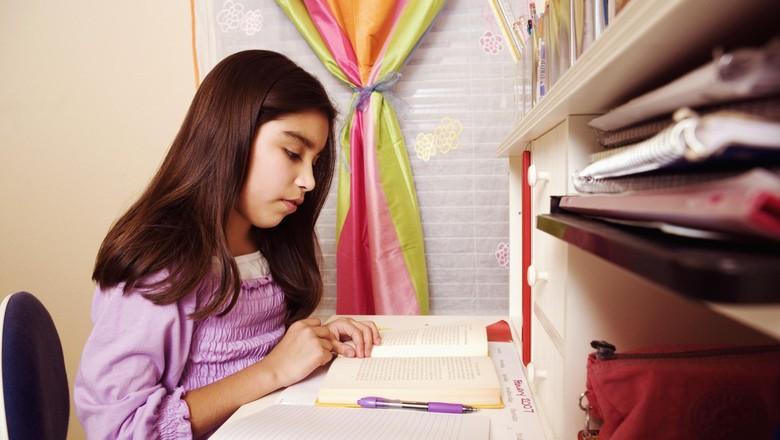 Mengenal Prinsip 5F Saat Temani Anak Mengerjakan PR/ Foto: thinkstock