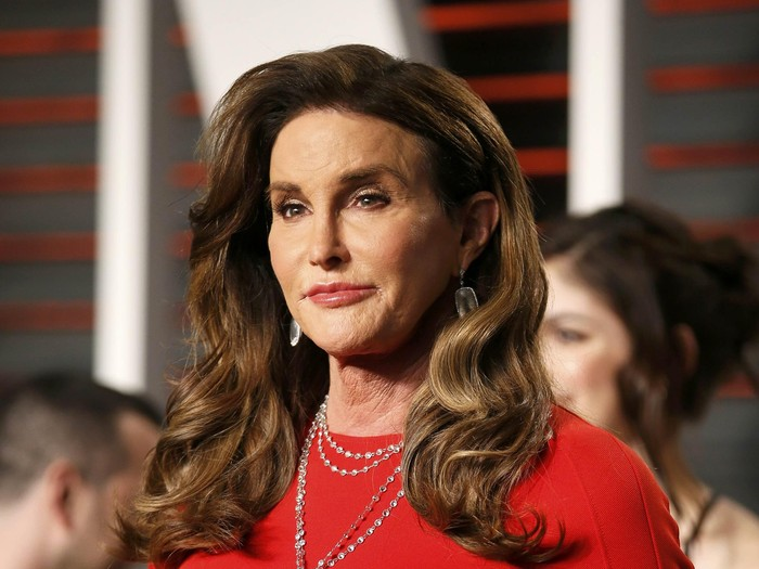 Caitlyn Jenner arrives at the Vanity Fair Oscar Party in Beverly Hills, California February 28, 2016.  REUTERS/Danny Moloshok